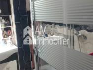 Bel appartement meublé au  quartier  dakhla à vendre