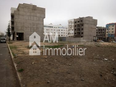 Terrain à vendre au quartier Tilila
